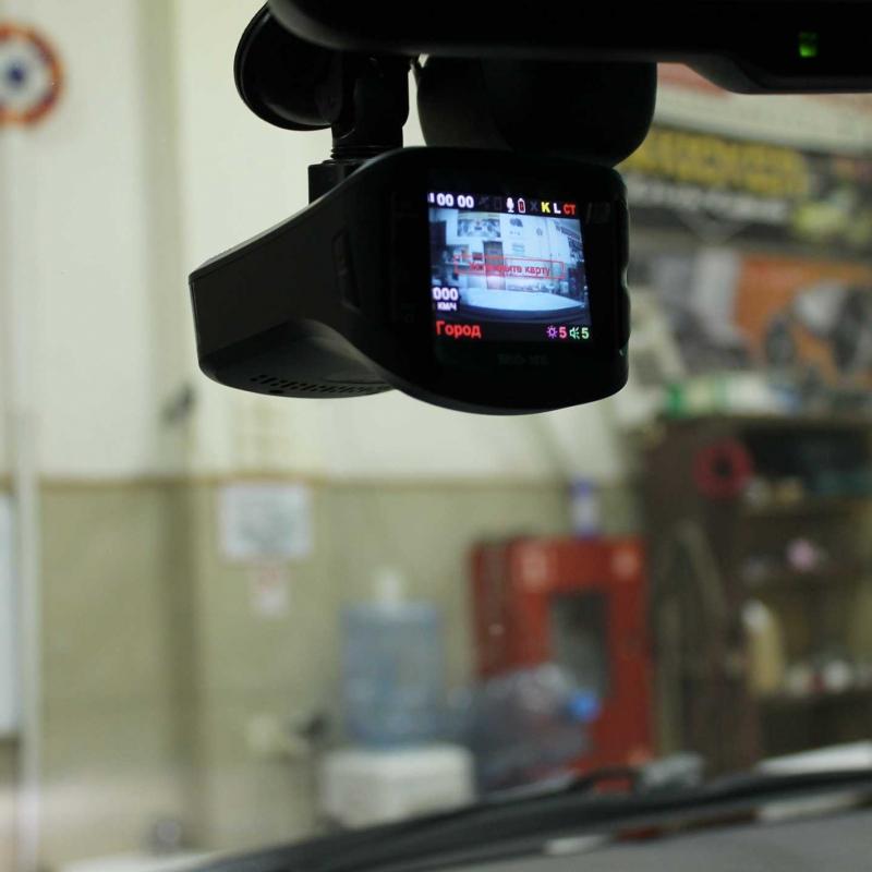 Lexus LX 570 Pandect BT 100. Dragon механический блокиратор рулевого вала, Видеорегистратор Sho-Me Combo №5 A12