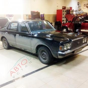Toyota Crown 1983 - Тонирование